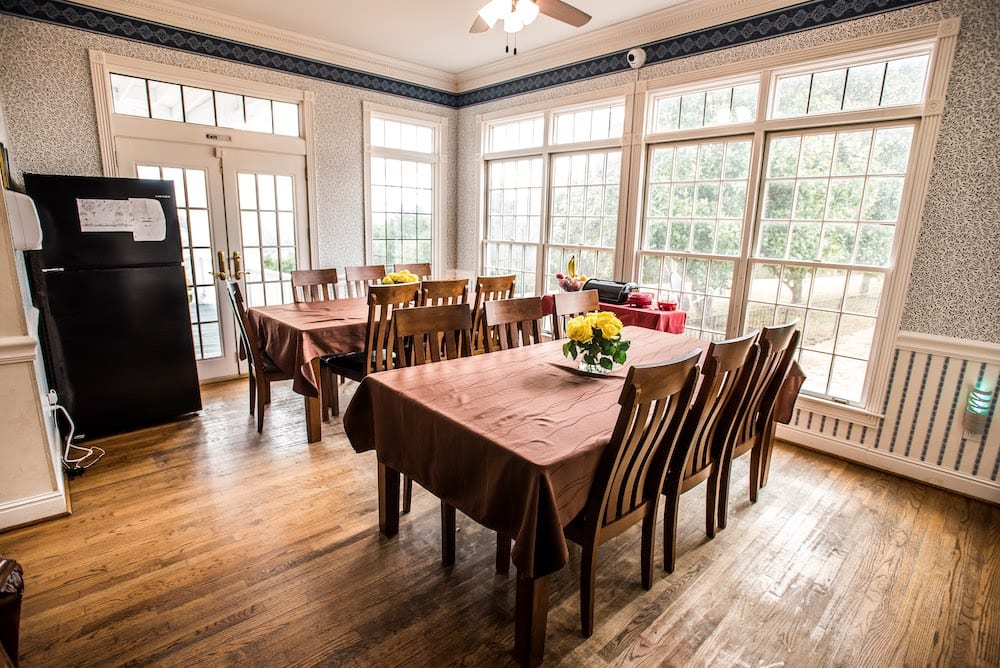Magnolia Ranch Dining room