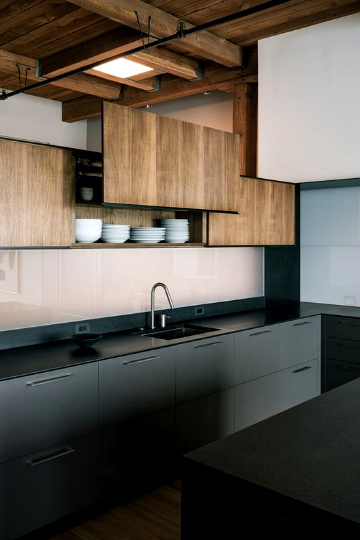 black kitchens 5