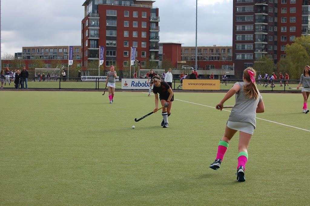 Magpies Girls In Holland Harleston Magpies Hockey Club Norfolk Uk