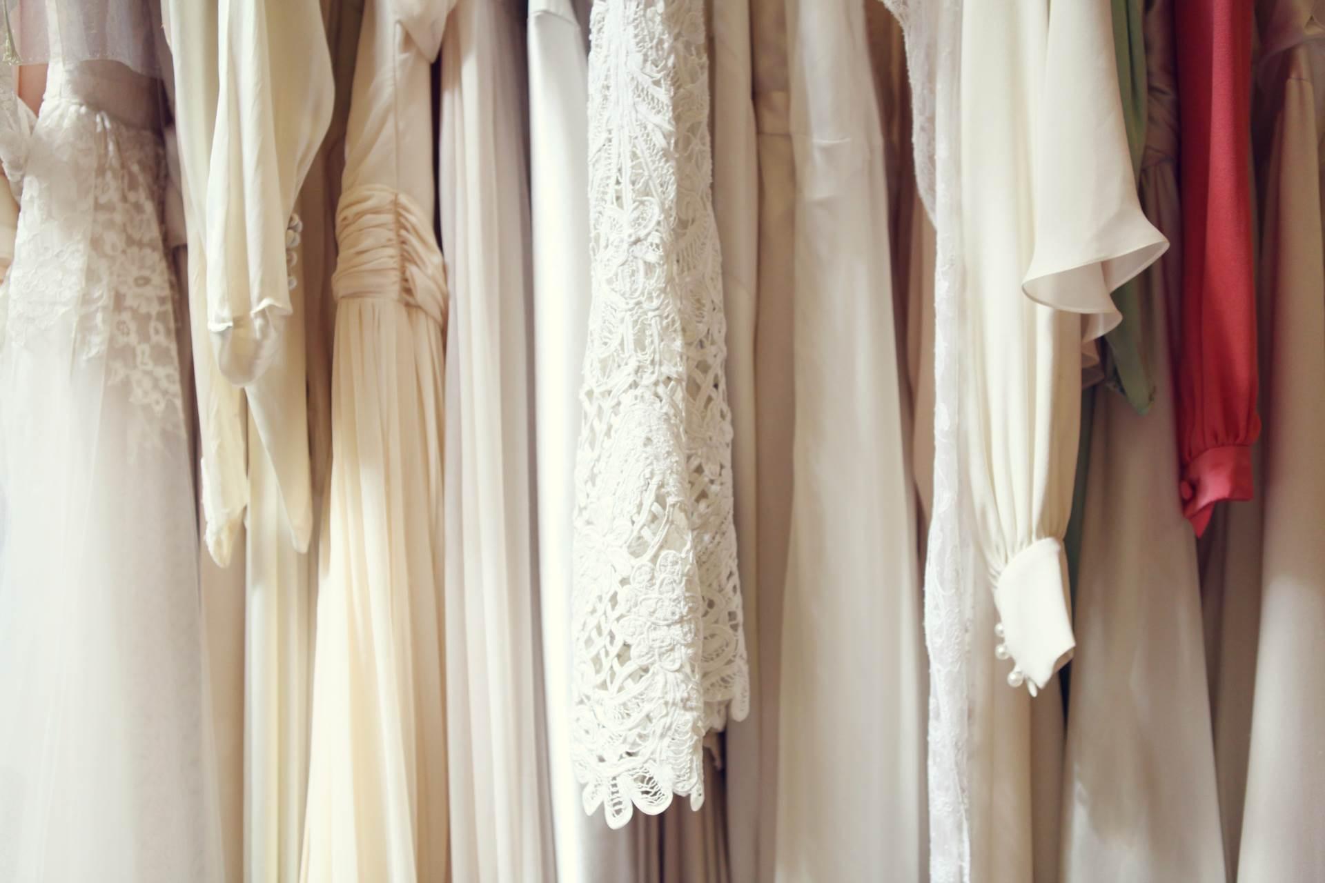 6 steps to choosing your vintage wedding dress