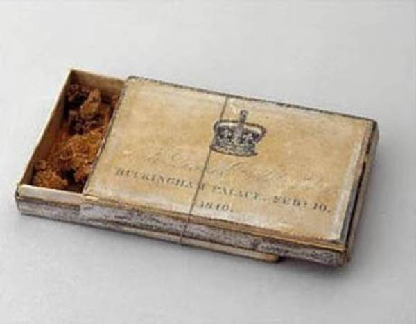 Queen-Victoria-slice-box1