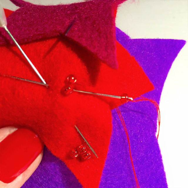 1-how-to-make-a-star-fascinator by Glam Hatters as seen on The National Vintage Wedding Fair