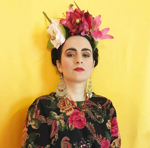 How to create a Frida Kahlo Inspired Headdress