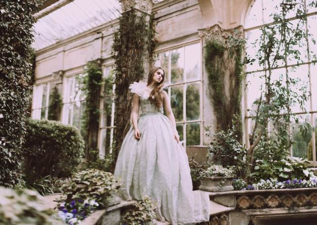 Alice in Wonderland Bridal Shoot with a difference