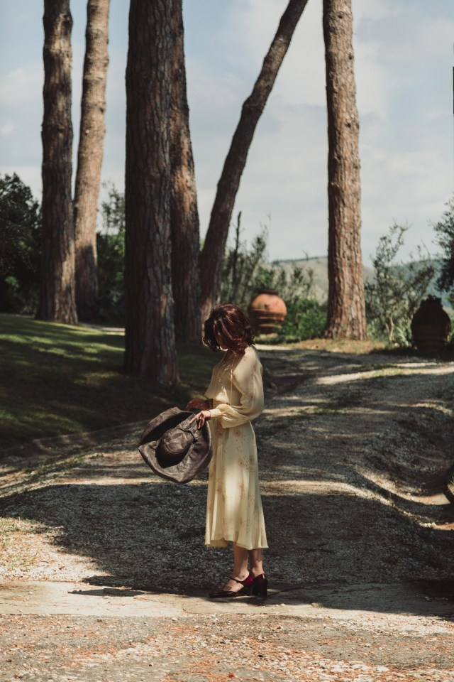 An Italian elopement styled shoot with romantic blush tones