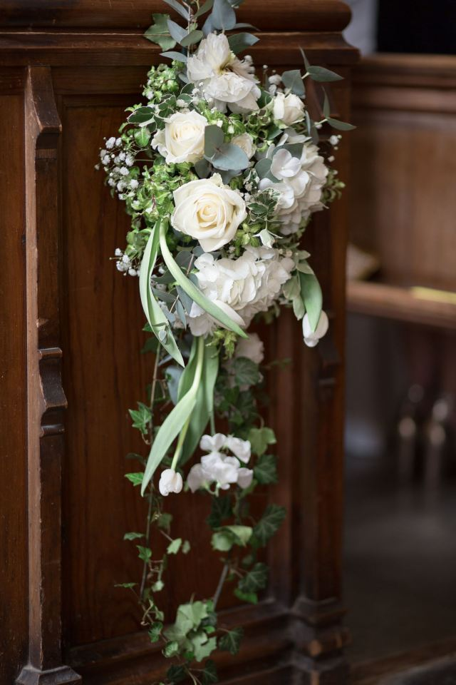 An Enchanting and Romantic Newton Hall Wedding with an Art Deco Temperley Dress