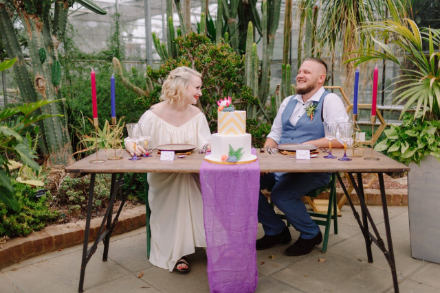 Modern Vintage Wedding Inspiration with Clashing Colours and Tropical Vibes