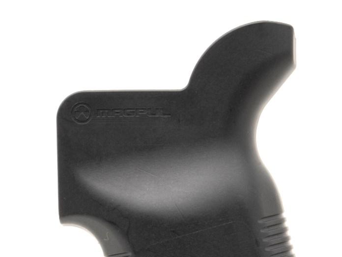 Closeup of Magpul MOE K2-XL's beavertail backstrap for enhanced ergonomics designed for proper trigger finger support