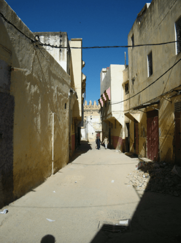 Medina paths - 1