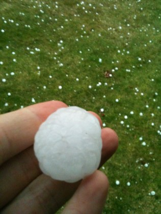 Oh yes. Pittsburgh gets golfball-sized hail.