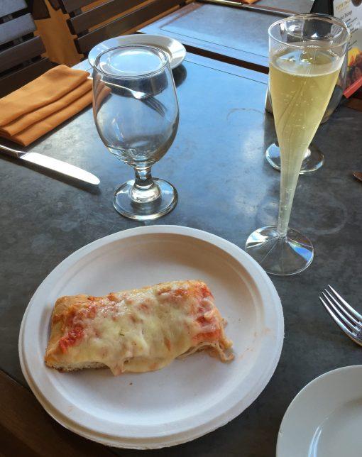 The Via Napoli Pizza window at the Italy pavilian in Epcot!