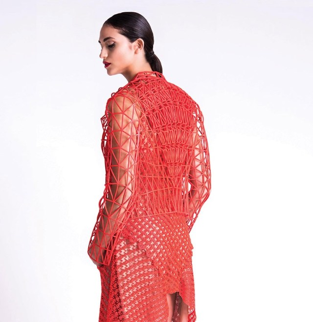1-danit-peleg-3D-printed-fashion-collection-designboom-01-818x842