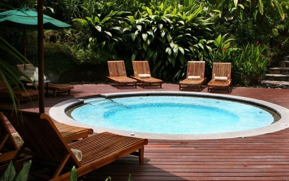 Awesome Elegant Swimming Pools Design Ideas 01