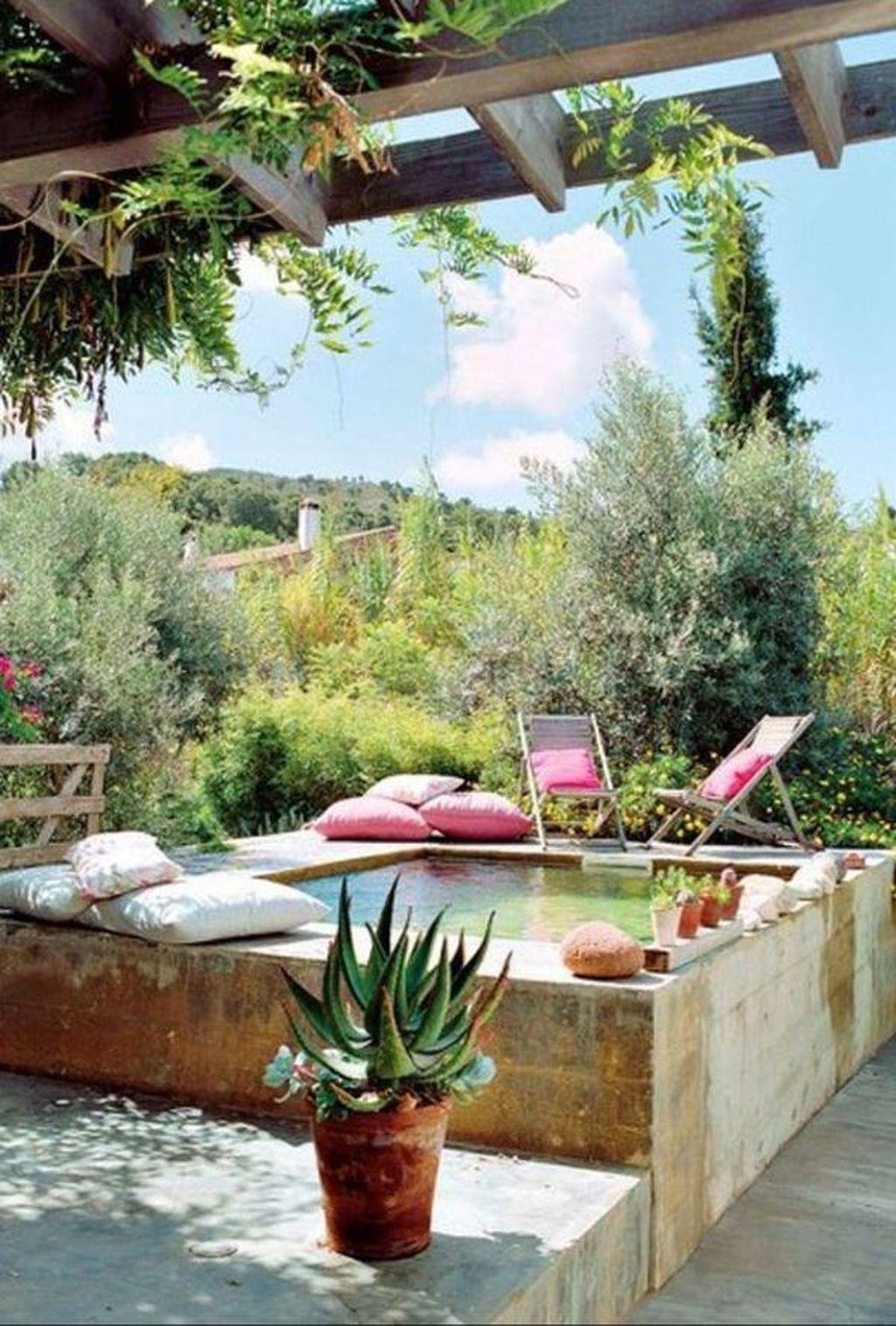 Gorgeous Summer Outdoor Pool Design Ideas 17