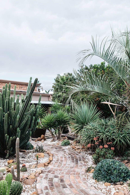 Incredible Cactus Garden Landscaping Ideas Best For Summer 26