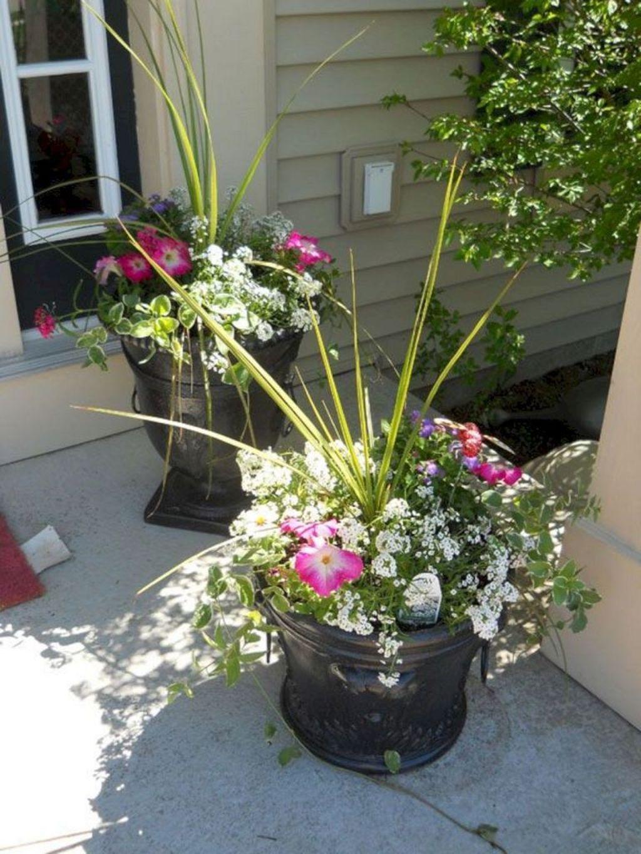 Inspiring Spring Planters Design Ideas For Front Door 04