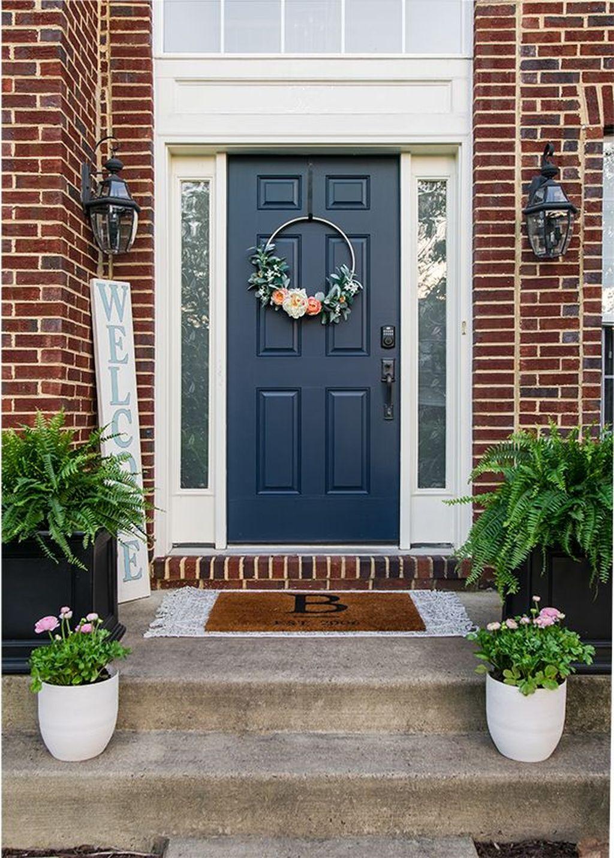 Inspiring Spring Planters Design Ideas For Front Door 06