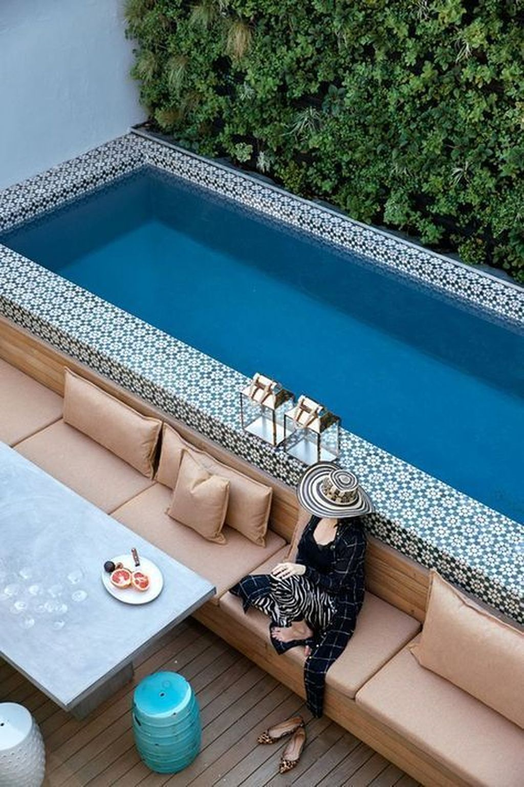 Popular Pool Design Ideas For Summertime 25