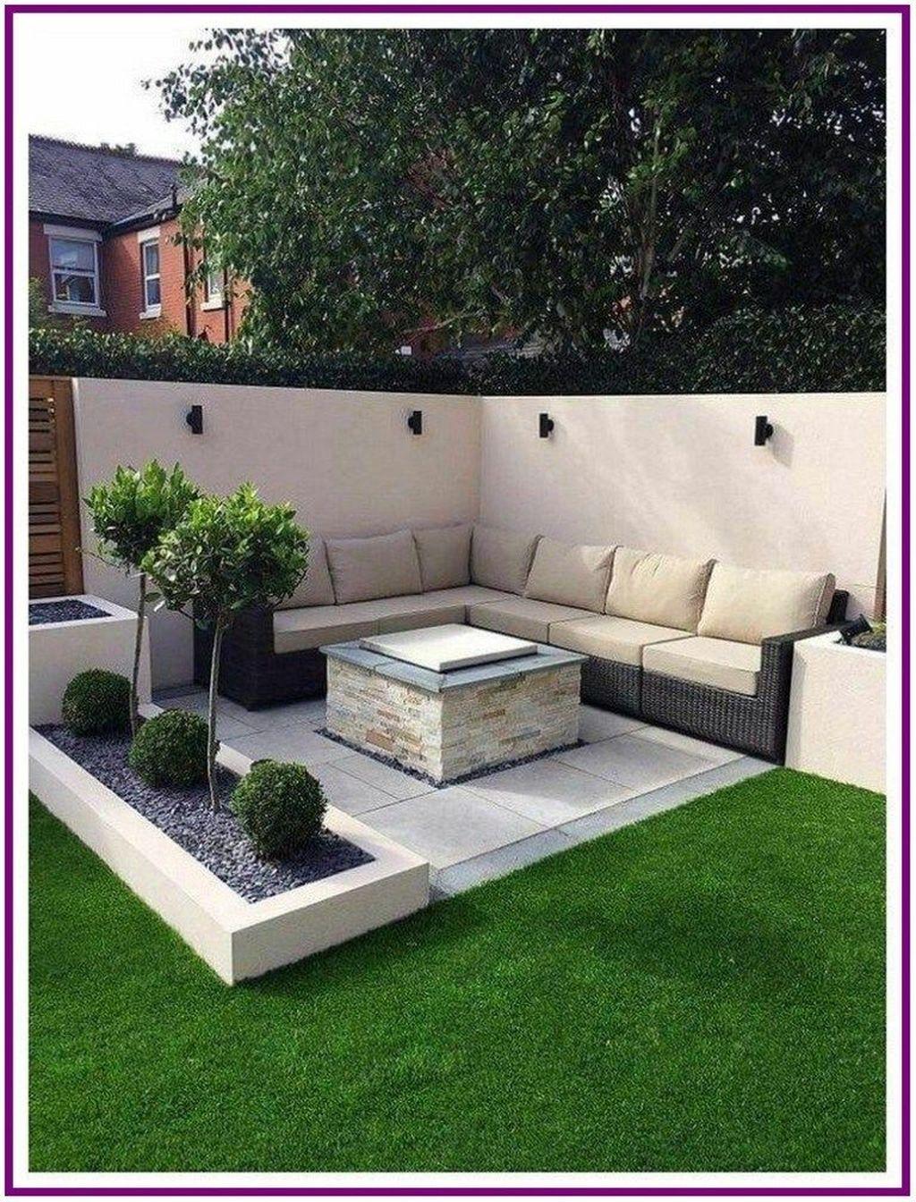 Stunning Summer Backyard Decoration Ideas 17