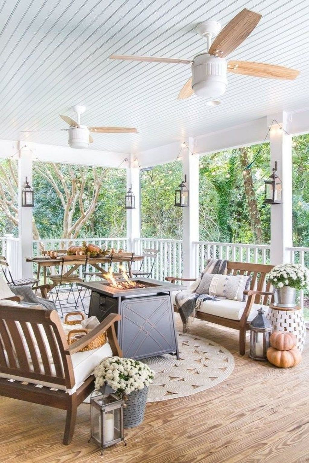The Best Front Porch Ideas For Summer Decorating 18