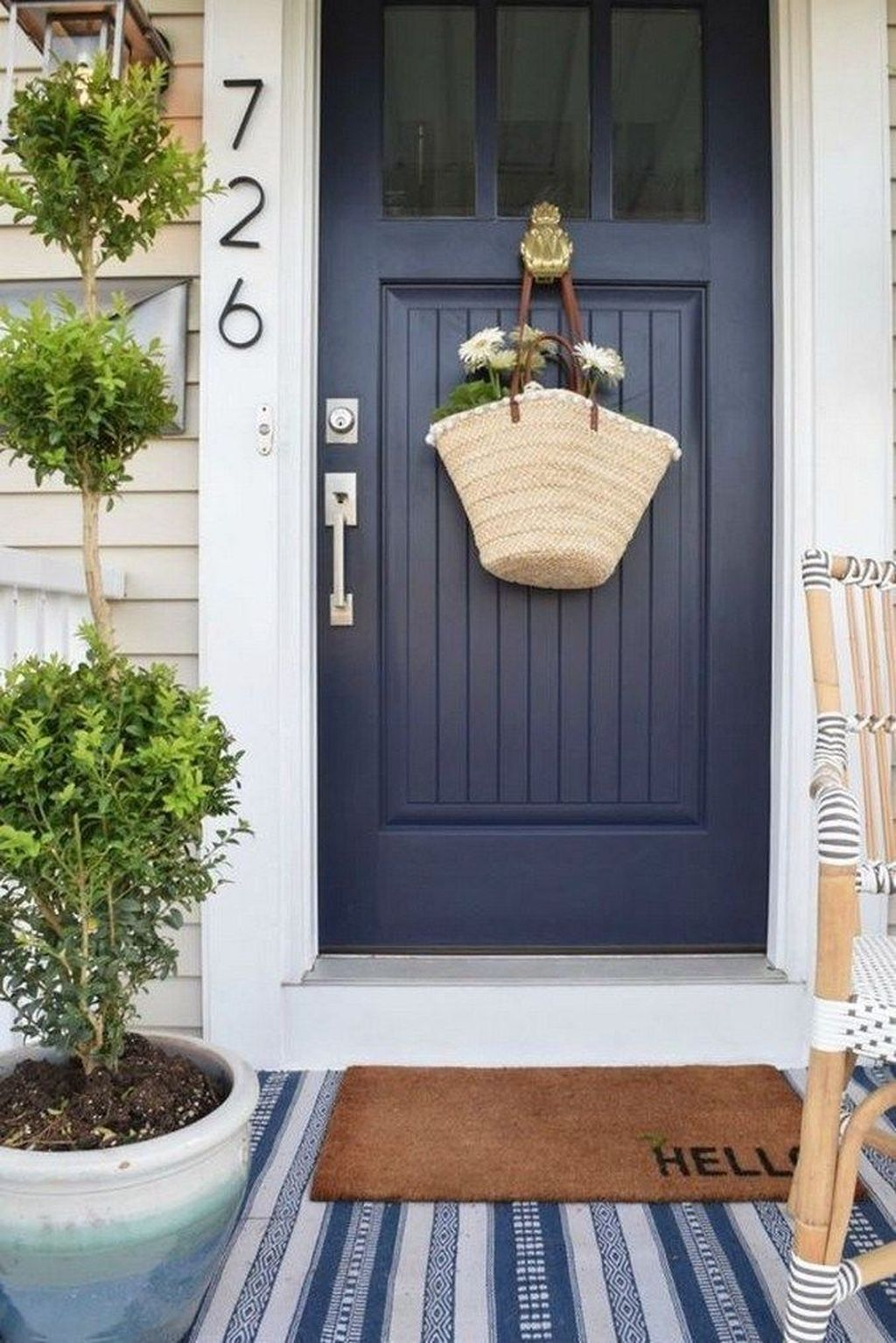 The Best Front Porch Ideas For Summer Decorating 25