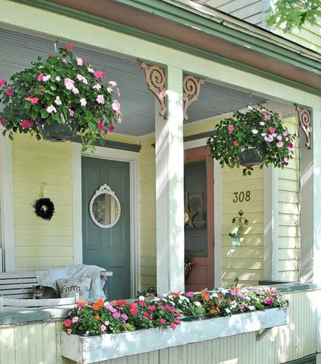 The Best Front Porch Ideas For Summer Decorating 29