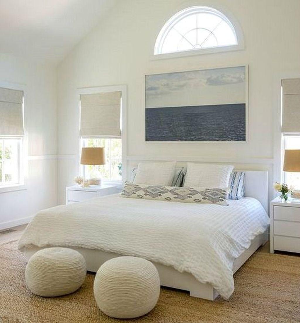 Wonderful Modern Coastal Bedroom Decoration Ideas 18