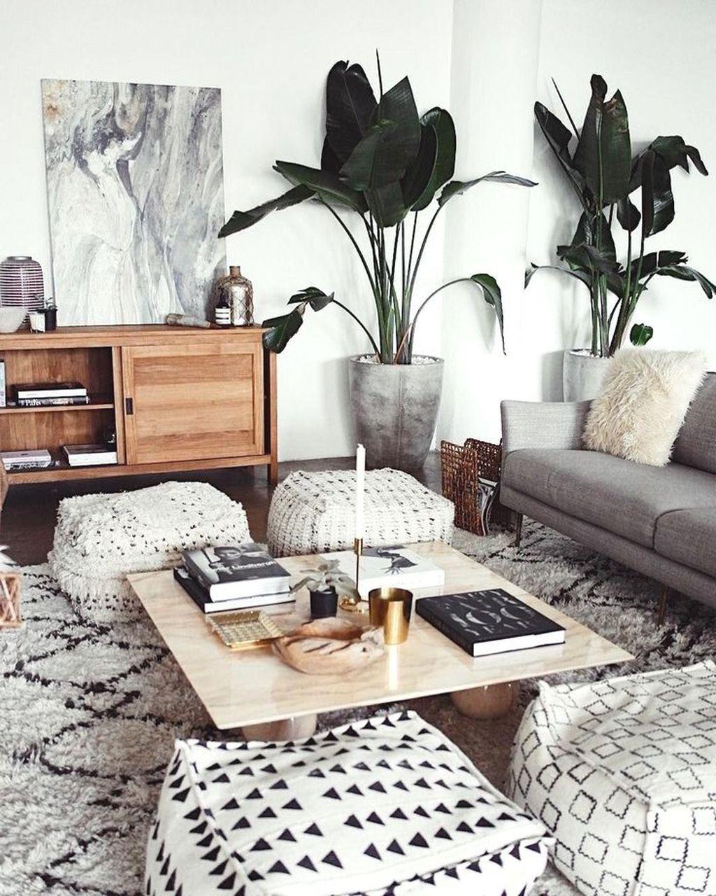 Amazing Bohemian Farmhouse Living Room Design Ideas 08