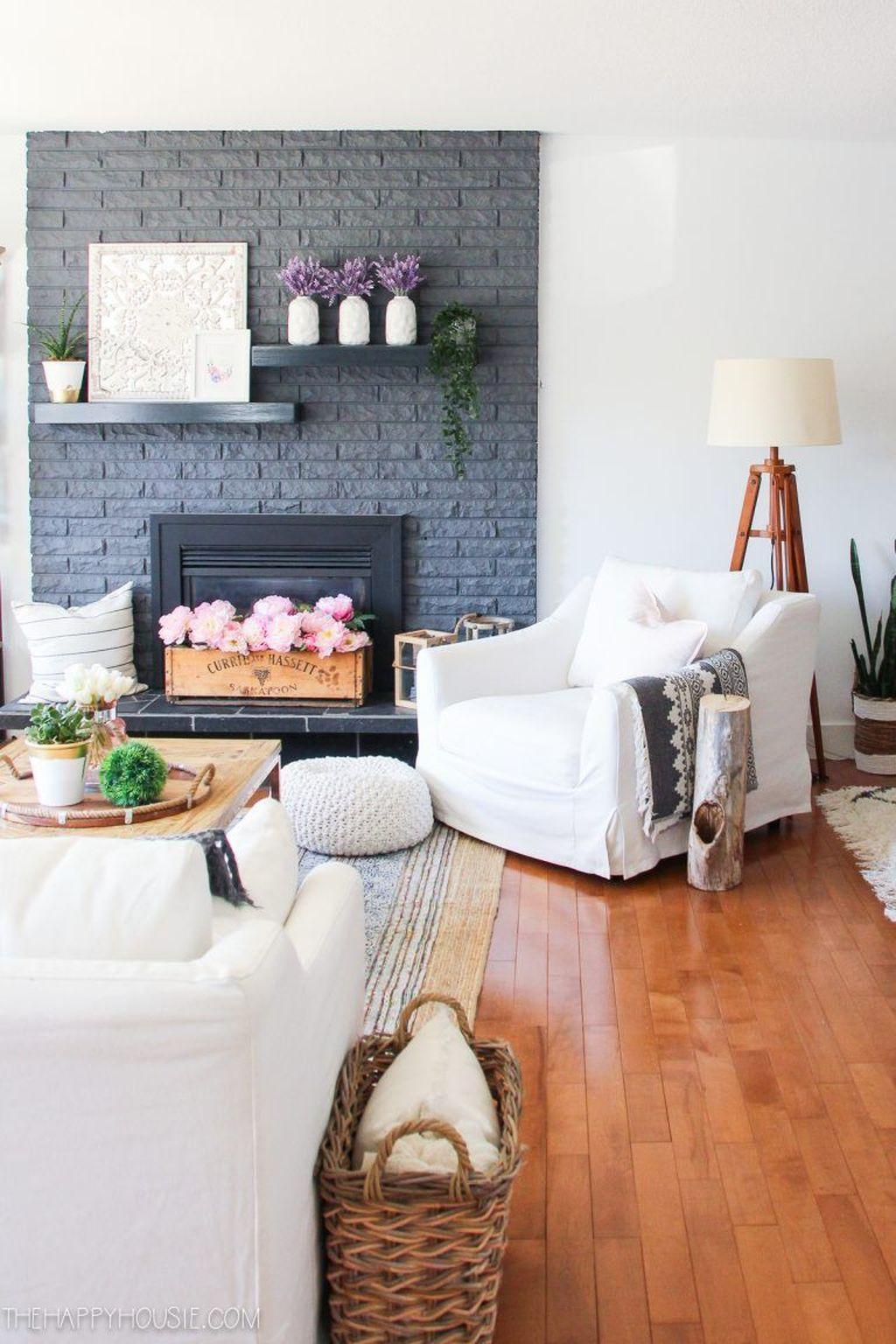 Amazing Bohemian Farmhouse Living Room Design Ideas 14
