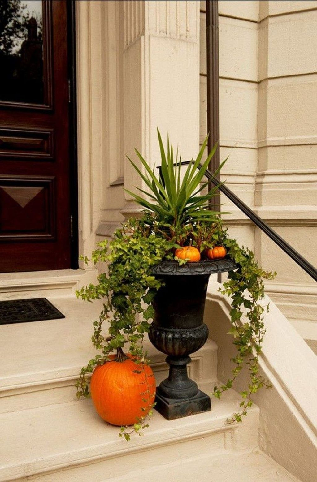 Amazing Fall Planter Ideas Best For Front Porches 23