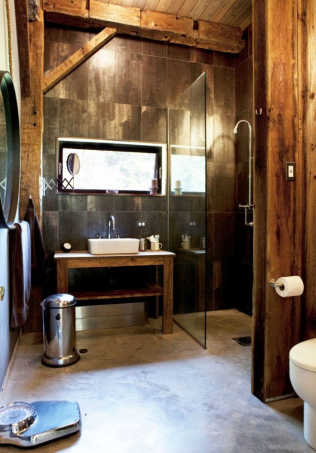 Amazing Rustic Barn Bathroom Decor Ideas 14