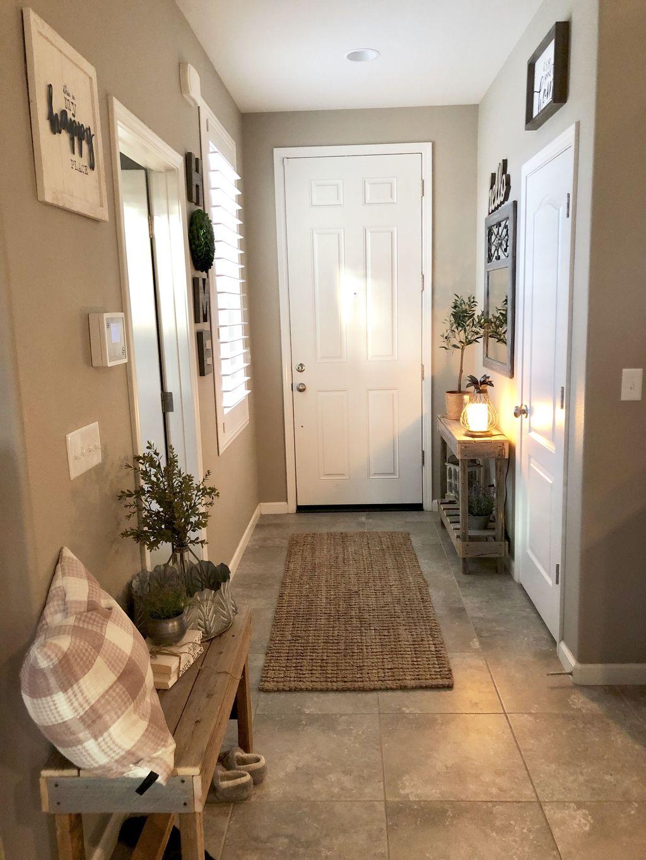 Amazing Small Entryway Decor Ideas 03
