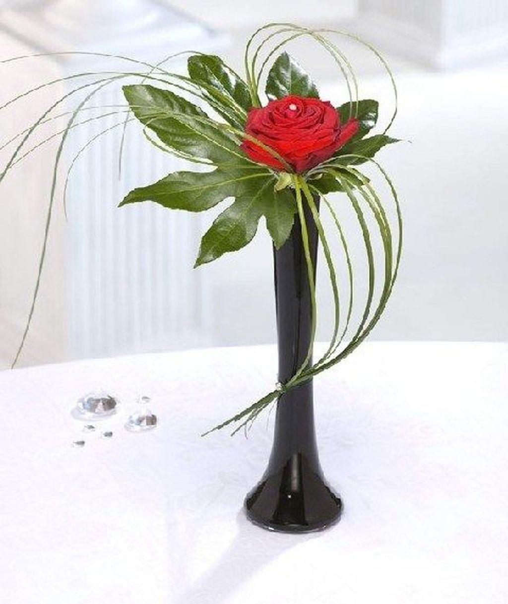 Amazing Unique Flower Arrangements Ideas For Your Home Decor 06