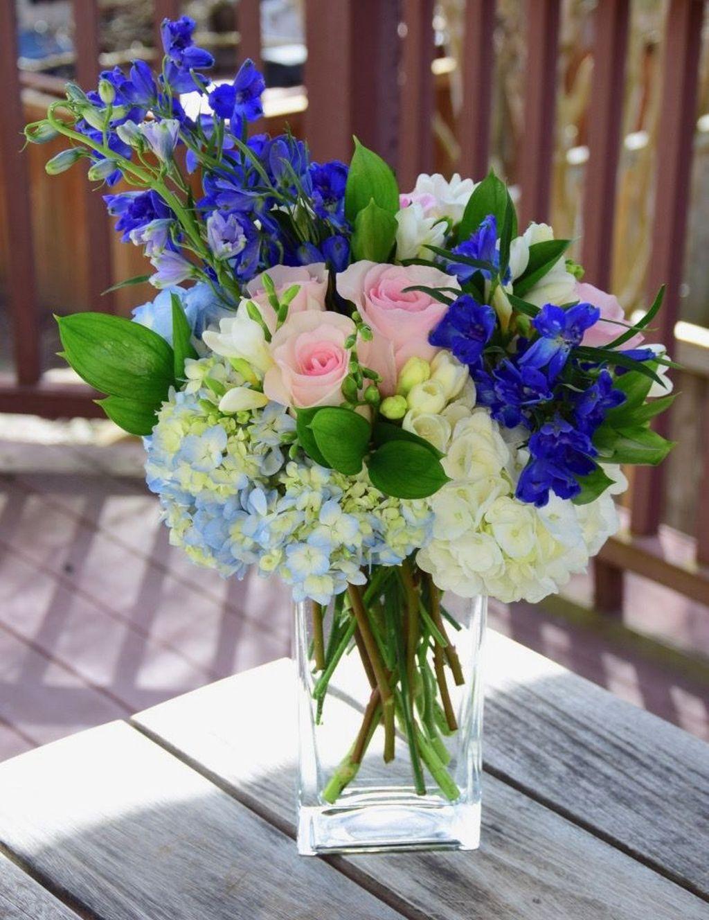 Amazing Unique Flower Arrangements Ideas For Your Home Decor 09