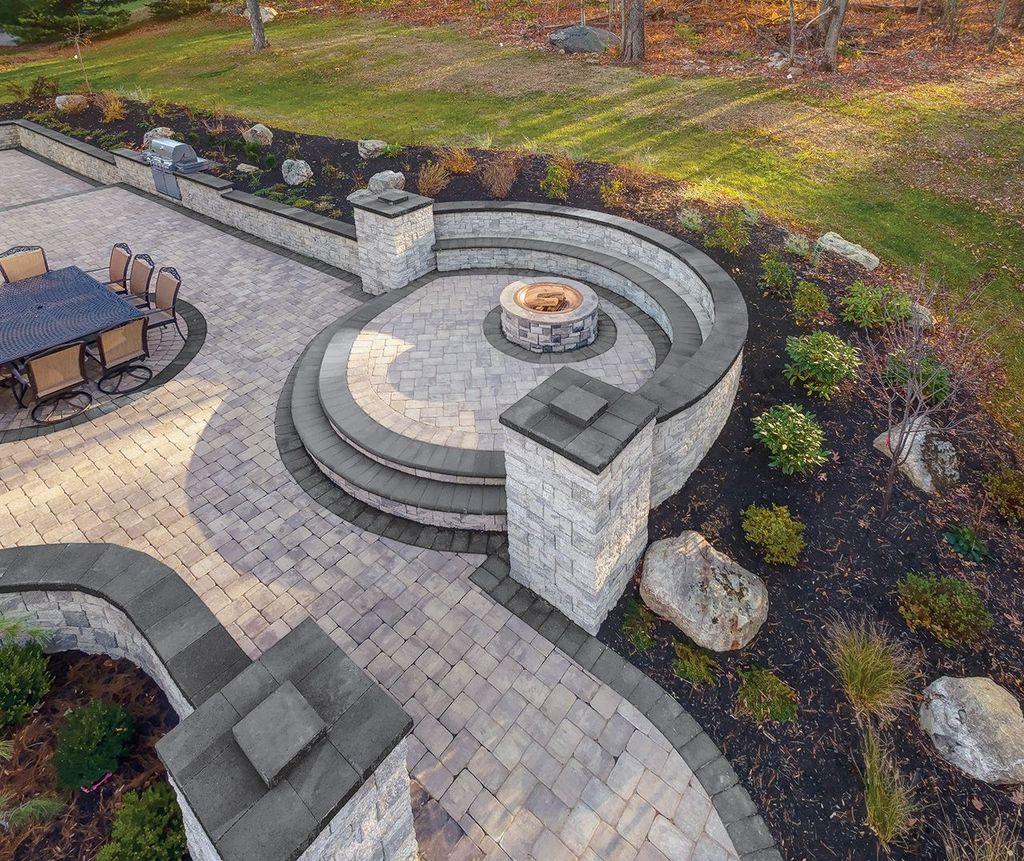 Awesome Flagstone Patio Design Ideas 05