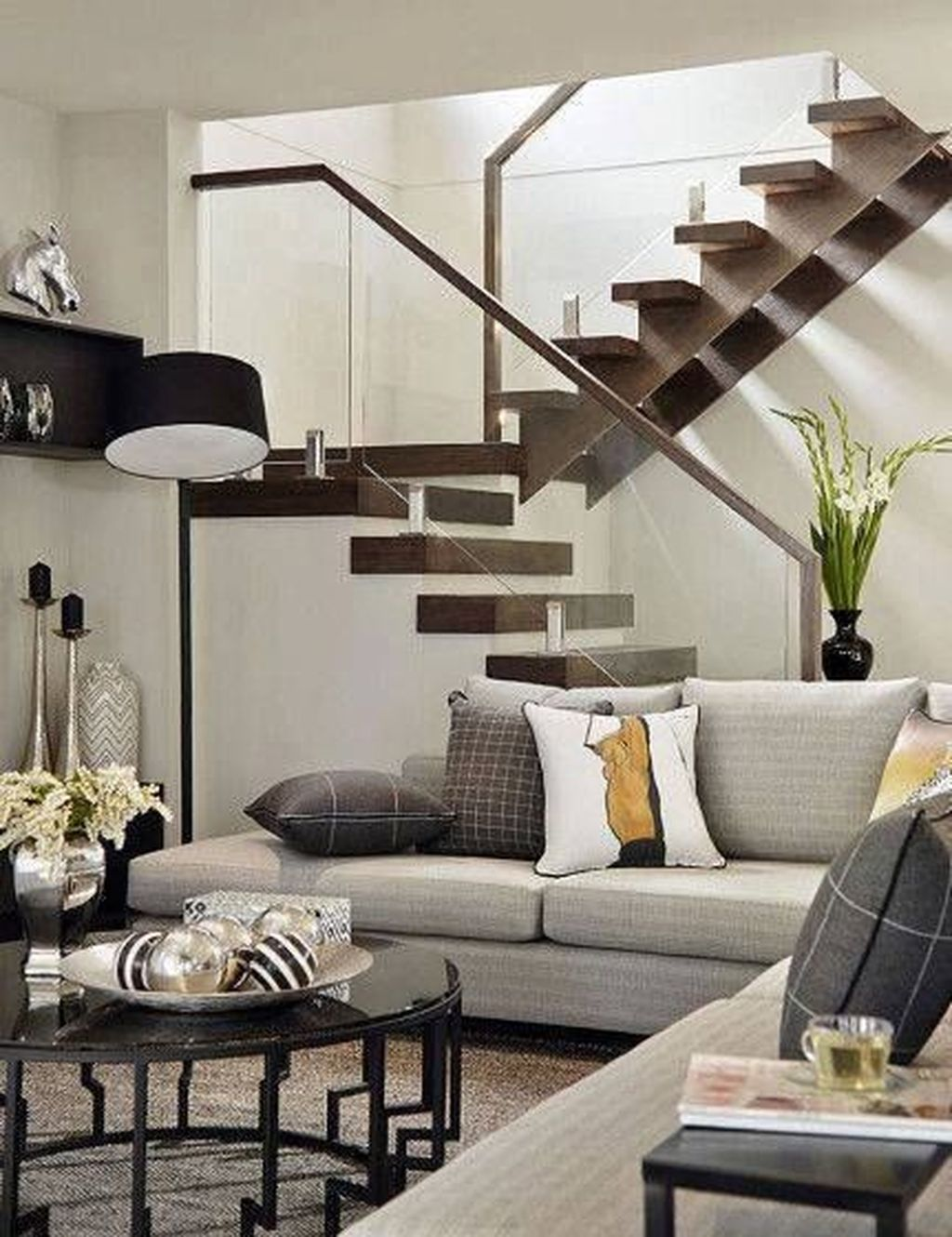 Awesome Modern Glass Railings Design Ideas For Stairs 07