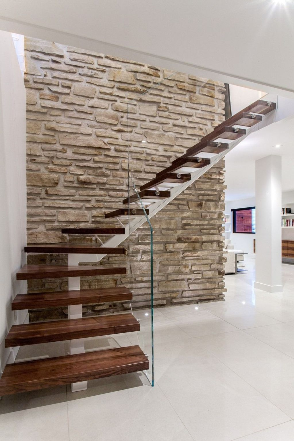 Awesome Modern Glass Railings Design Ideas For Stairs 12