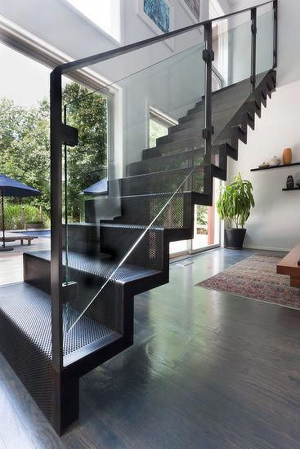 Awesome Modern Glass Railings Design Ideas For Stairs 18