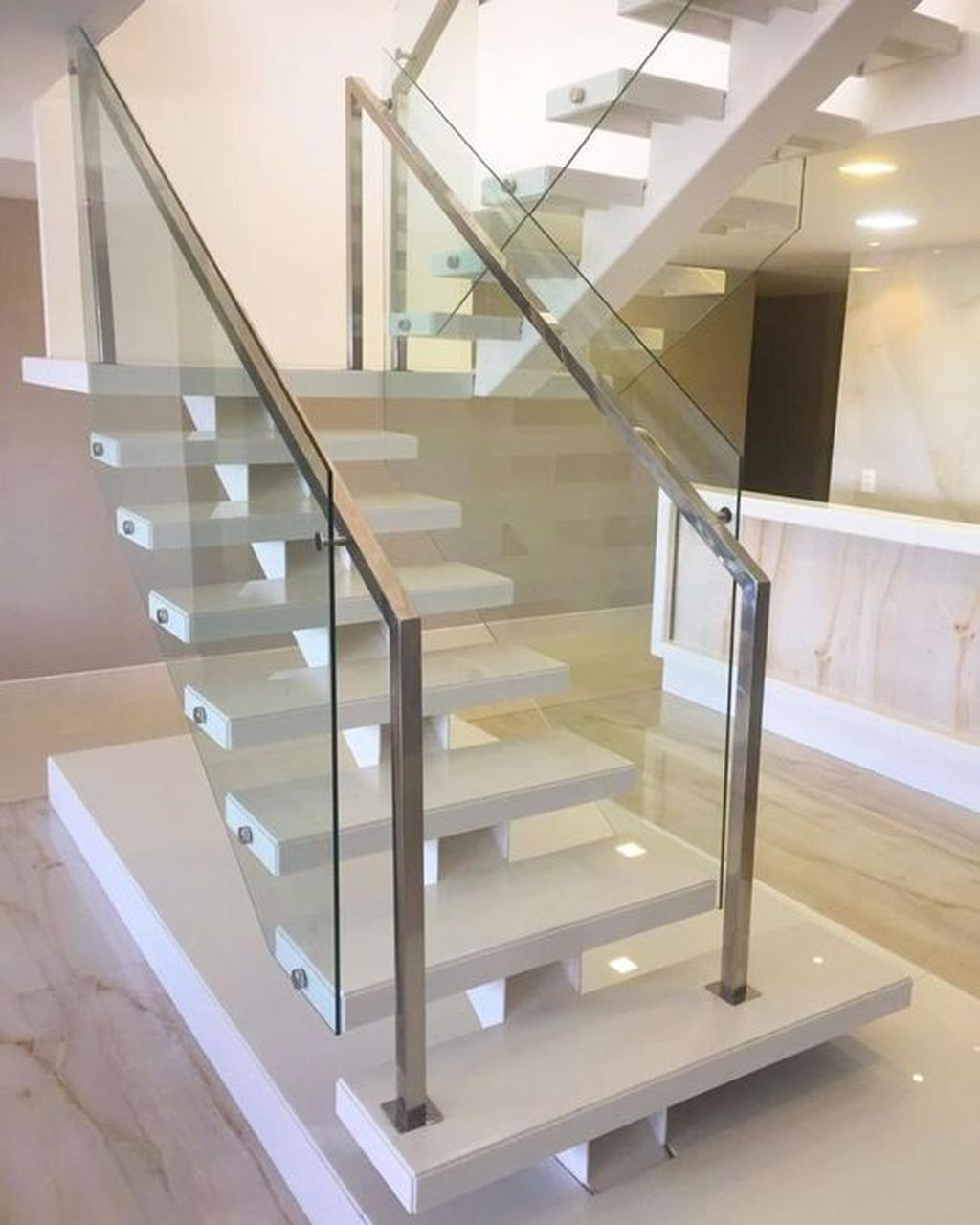 Awesome Modern Glass Railings Design Ideas For Stairs 19