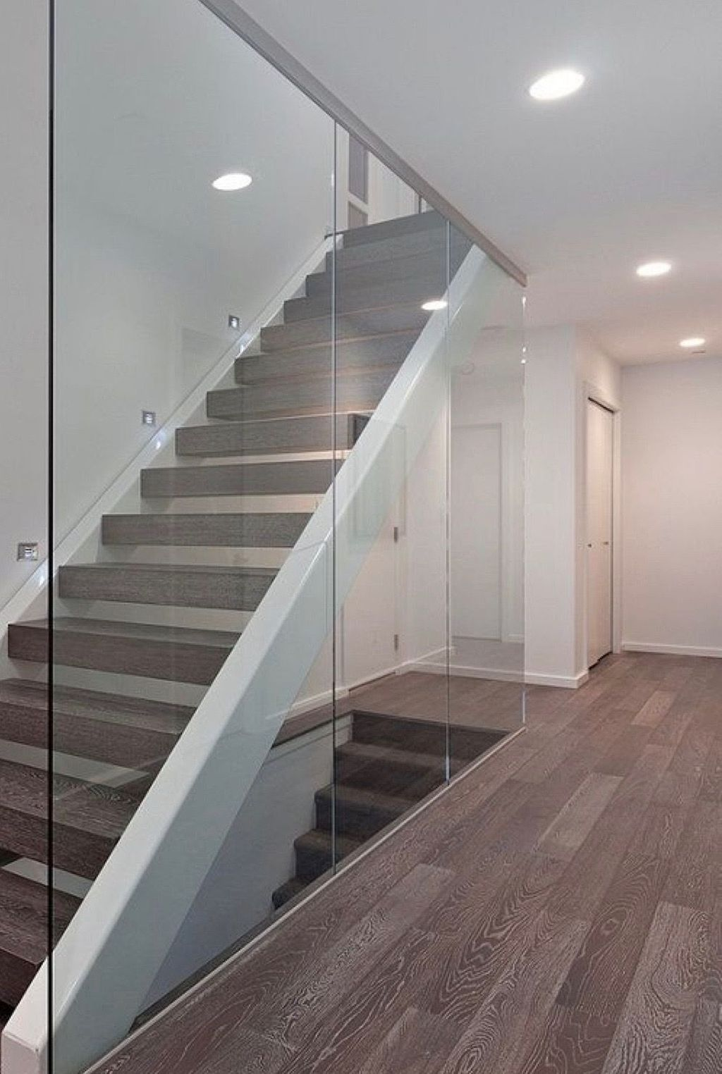 Awesome Modern Glass Railings Design Ideas For Stairs 27