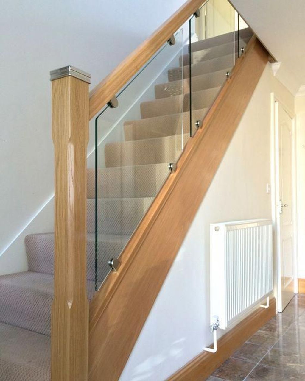 Awesome Modern Glass Railings Design Ideas For Stairs 32