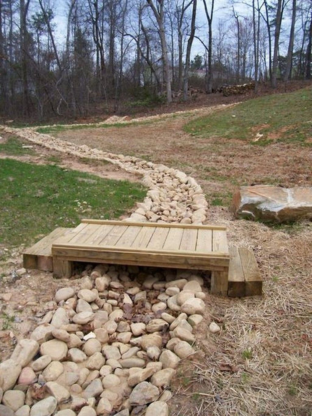 Awesome River Rock Landscaping Ideas 13