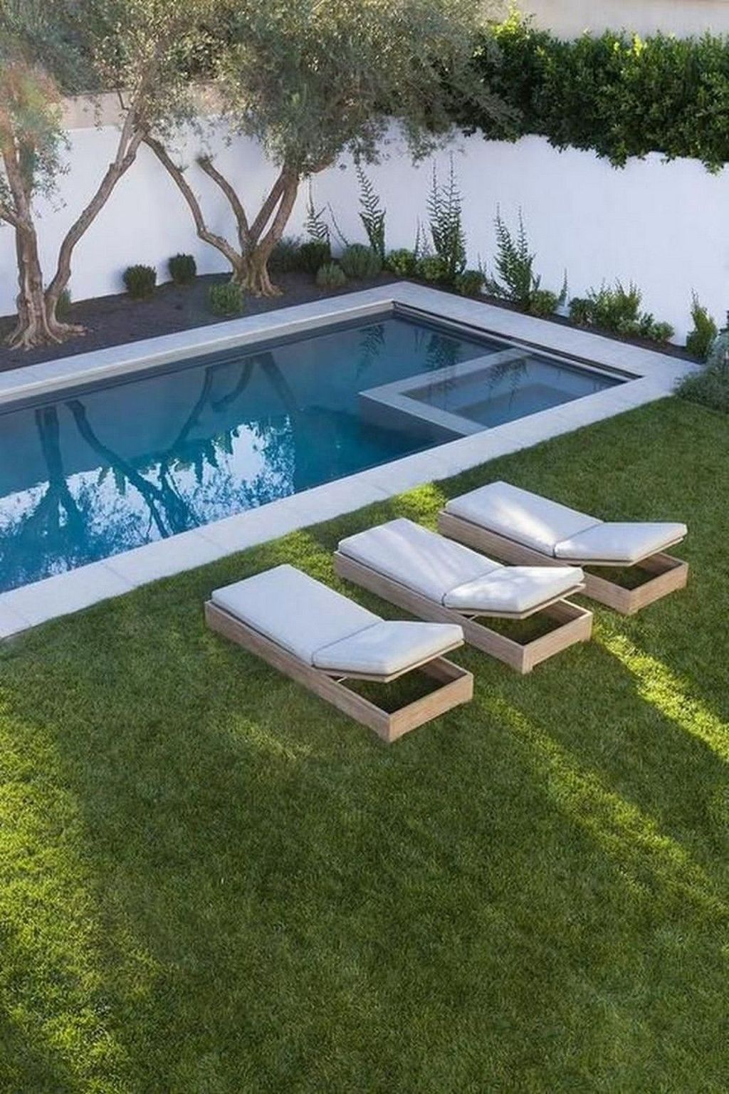 Awesome Small Pools Design Ideas For Beautiful Backyard Landscape 11