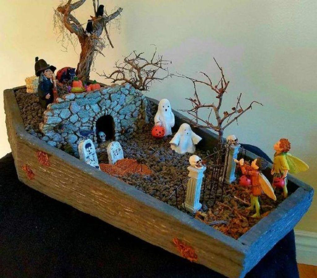 Beautiful Fall Fairy Garden Design Ideas 02