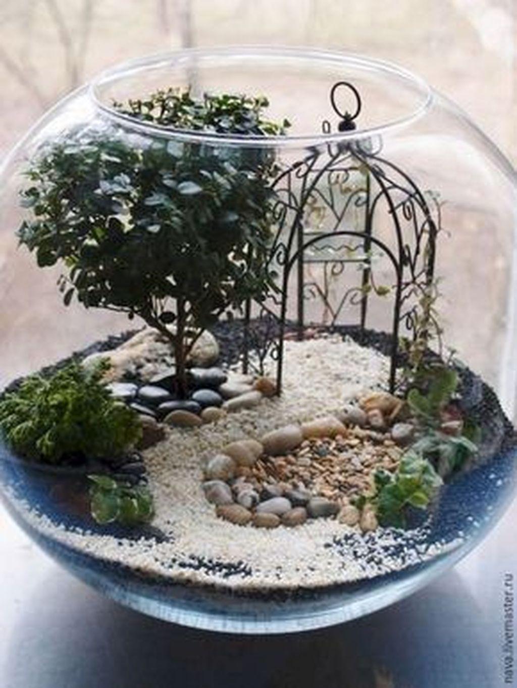 Beautiful Fall Fairy Garden Design Ideas 14
