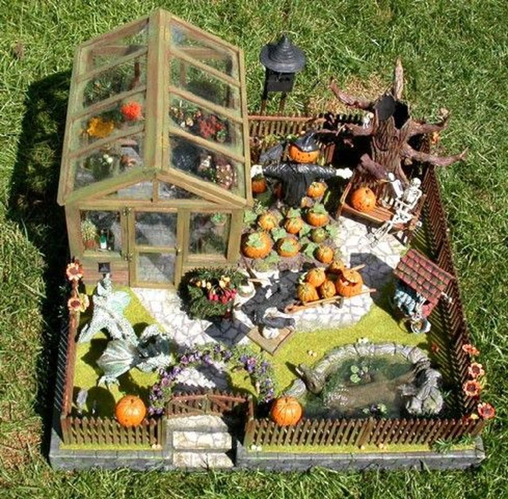 Beautiful Fall Fairy Garden Design Ideas 15