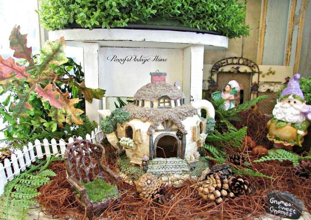 Beautiful Fall Fairy Garden Design Ideas 17