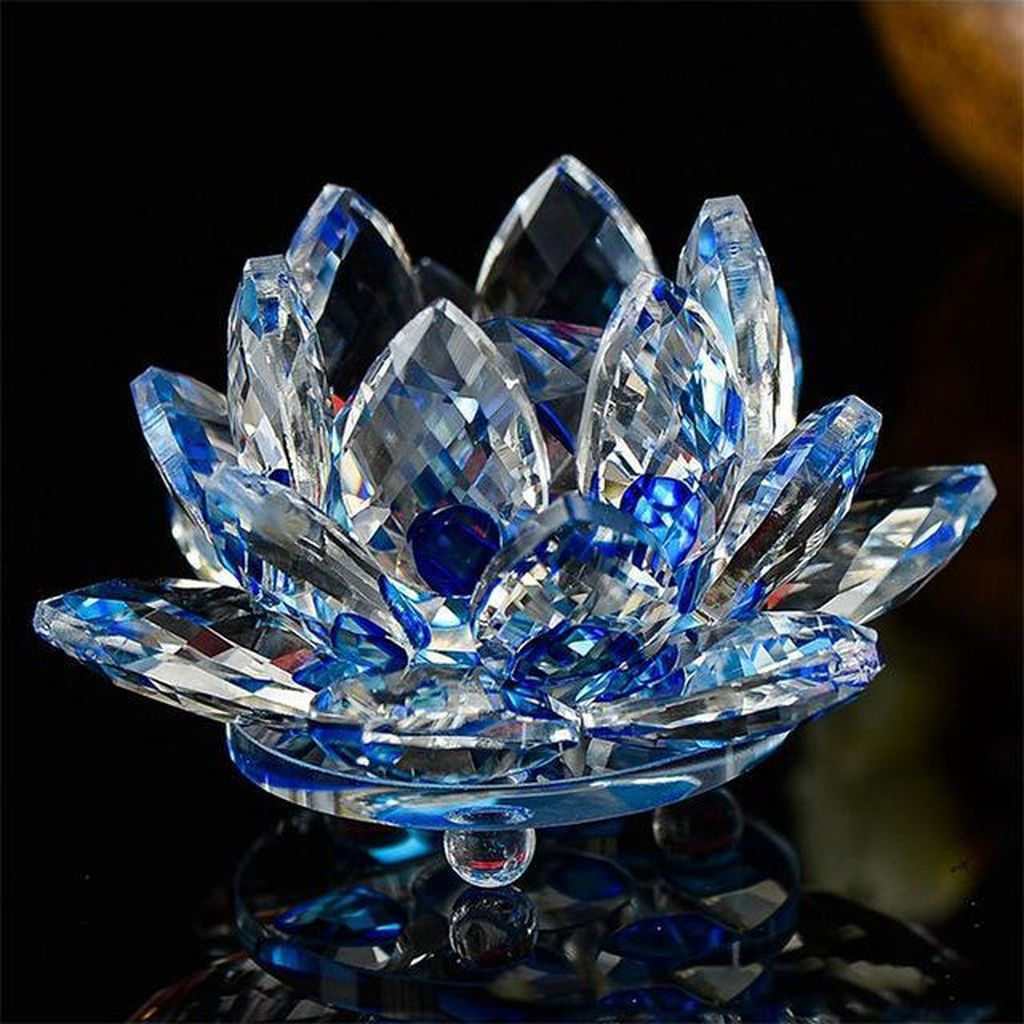 Beautiful Glass Crystal Ideas For Lovely Home Decor 18