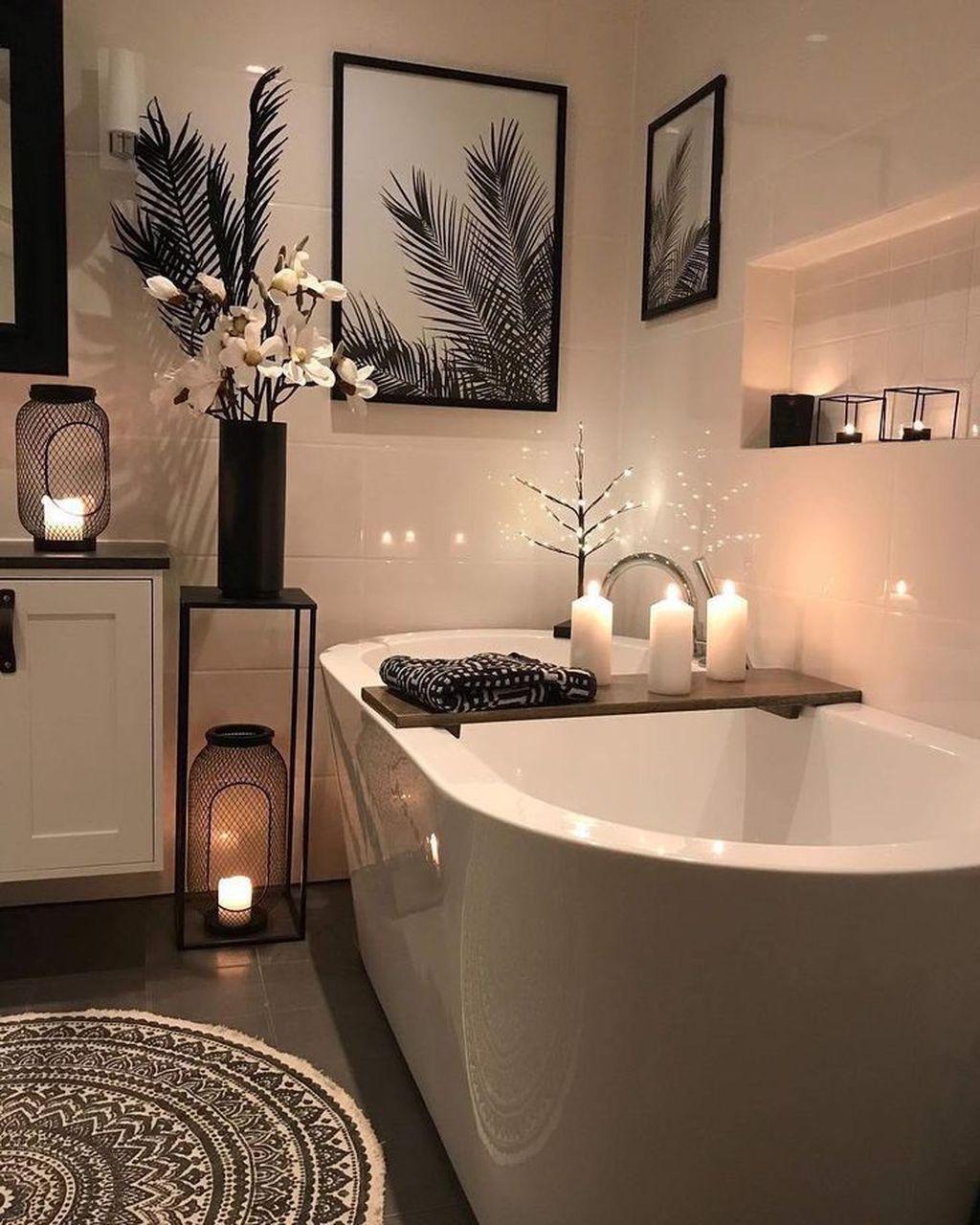 Beautiful Master Bathroom Design Ideas 04