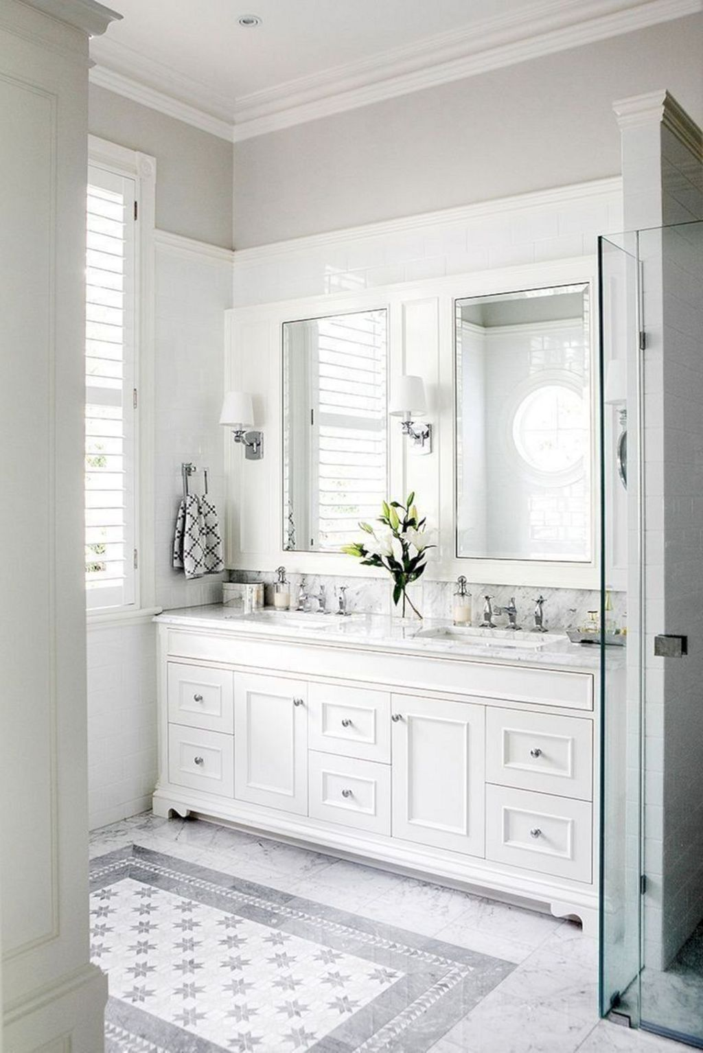 Beautiful Master Bathroom Design Ideas 30